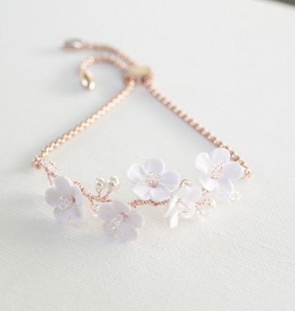 Kennedy Vine Adjustable Sliding Bracelet in White Cherry Blossom