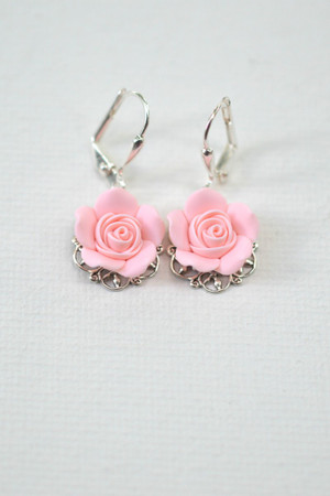 Riana Earrings in Blush Pink