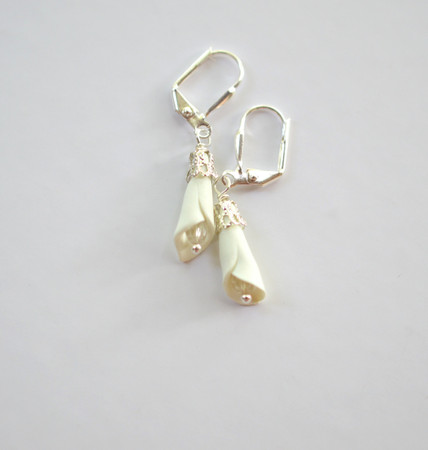 Ivory Calla Lily Earrings