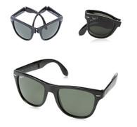 Ray-Ban Folding Wayfarer Polarized Sunglasses in Mint and Black - RB4105