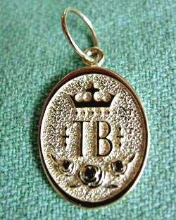 14k Gold Thoroughbred Breed Charm or Pendant