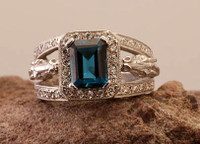 14k Yellow or White Gold Horse Head Ring with Blue Topaz and Diamonds