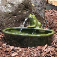 Frog Solar Water Fountain in Green Glazed Ceramic by Sunnydaze.