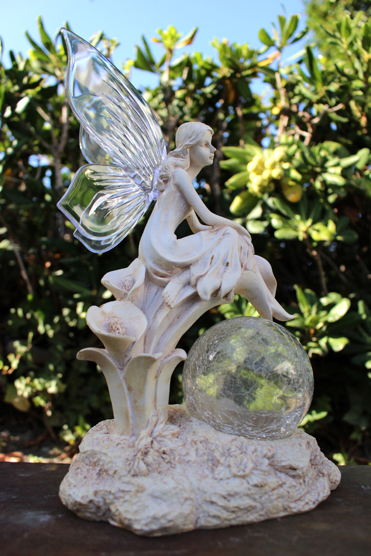Fairy Solar Light Statue Crackle Glass Solar Globe And