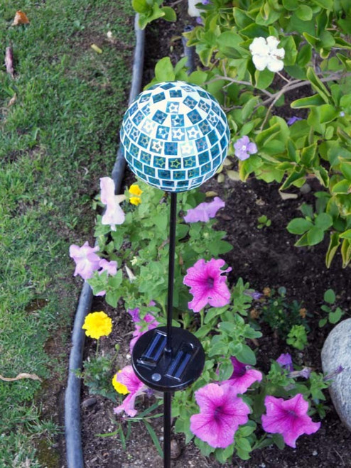 color changing solar lights blue mosaic glass solar light stakes. Black Bedroom Furniture Sets. Home Design Ideas