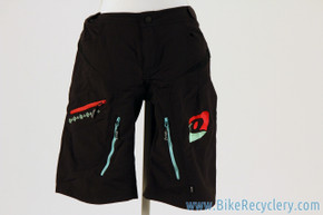NEW QLoom Umina Women's Shorts: Medium - Black w/ Bold Red & Turquoise Details (MSRP $140)
