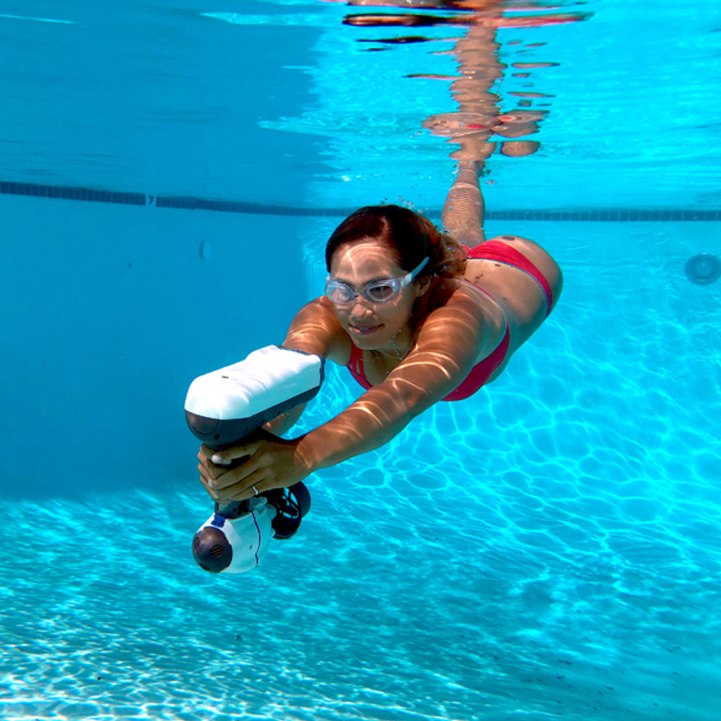 Bixpy Snorkel Jet - The World's Smallest Water Propulsion System For Snorkeling & Diving Adventures.