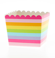 Scallop Favor / Treat Box, Rainbow Stripes