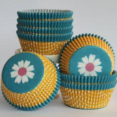 [SALE] Flower Power Cupcake Liners
