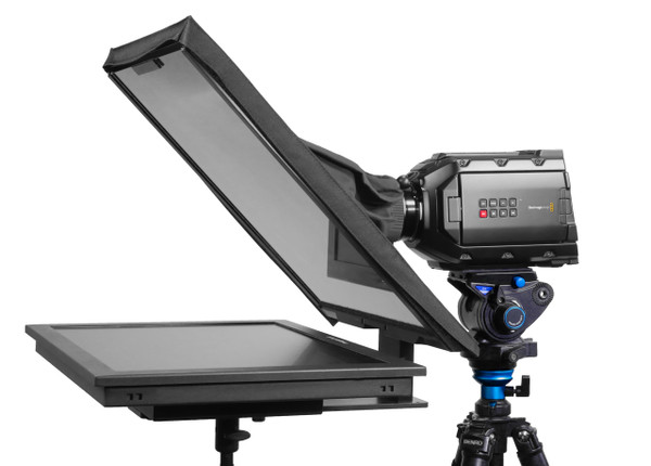 "QGear Pro Free Stand 19"" HighBright Angled"