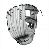 Wilson A2000 H12 Fastpitch Glove