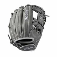 Wilson A2000 Fasptich Softball Glove 11.75 H Web Right Hand Throw