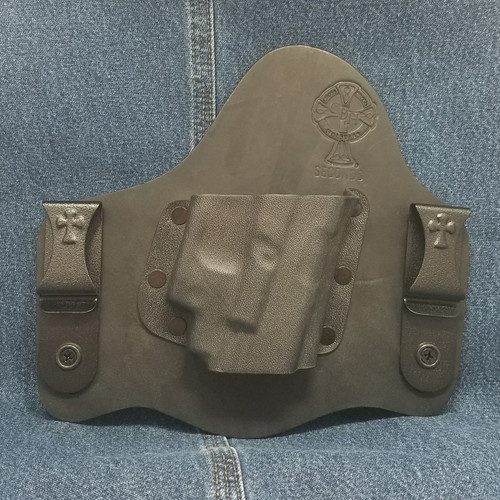 13213 CrossBreed SuperTuck GLOCK 17/19 with Crimson Trace LG-436 / Right Hand / Black Cow