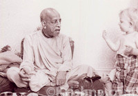 "Srila Prabhupada Sepia Photo, With a Young Child, 5""x7"""
