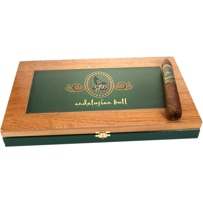 La Flor Dominicana Limited Edition Andalusian Bull