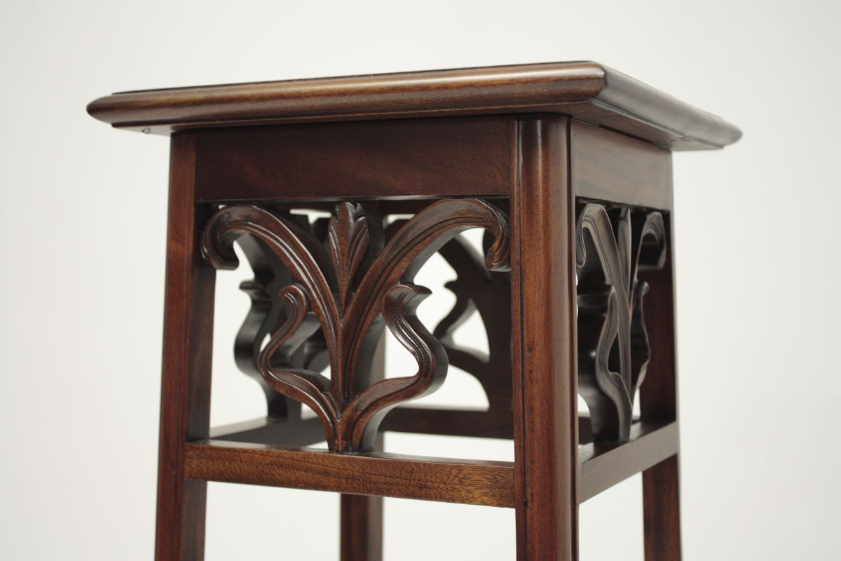 Mahogany Indoor Plant Stands by Laurel Crown Furniture