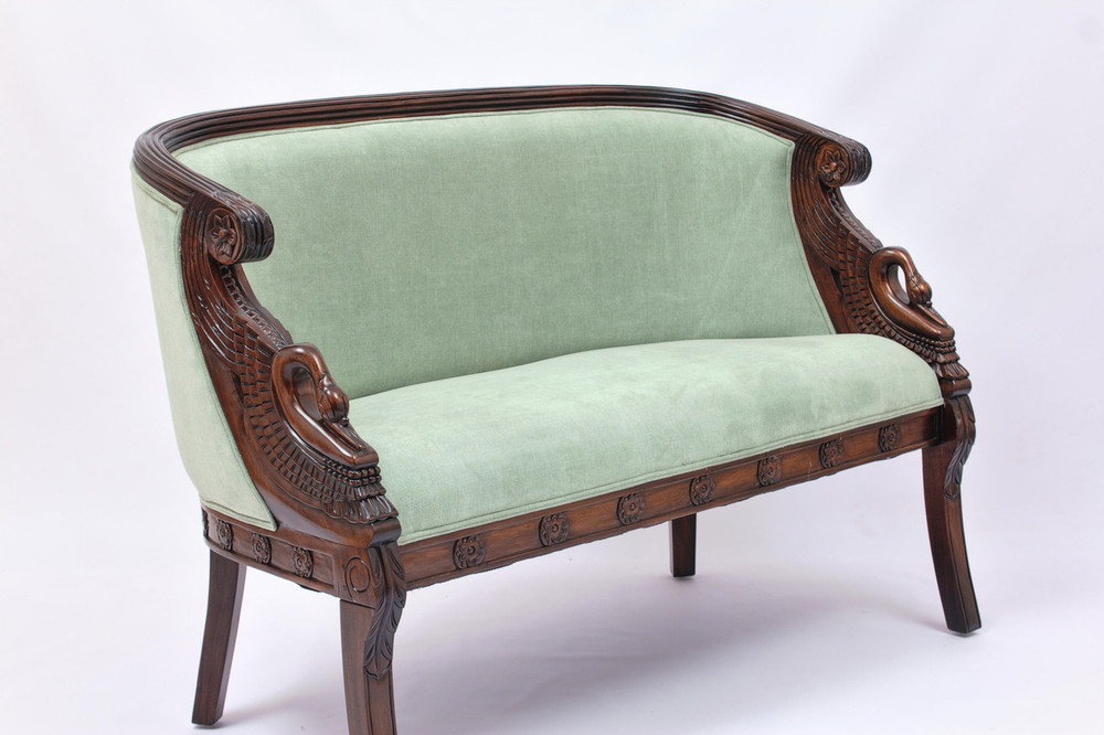 Empire Couch Laurel Crown