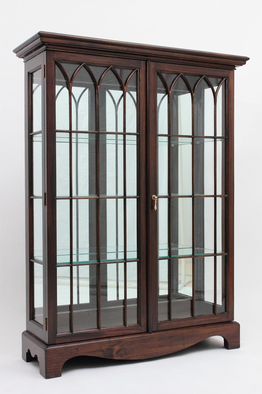 Queen Anne Curio Cabinet | LaurelCrown