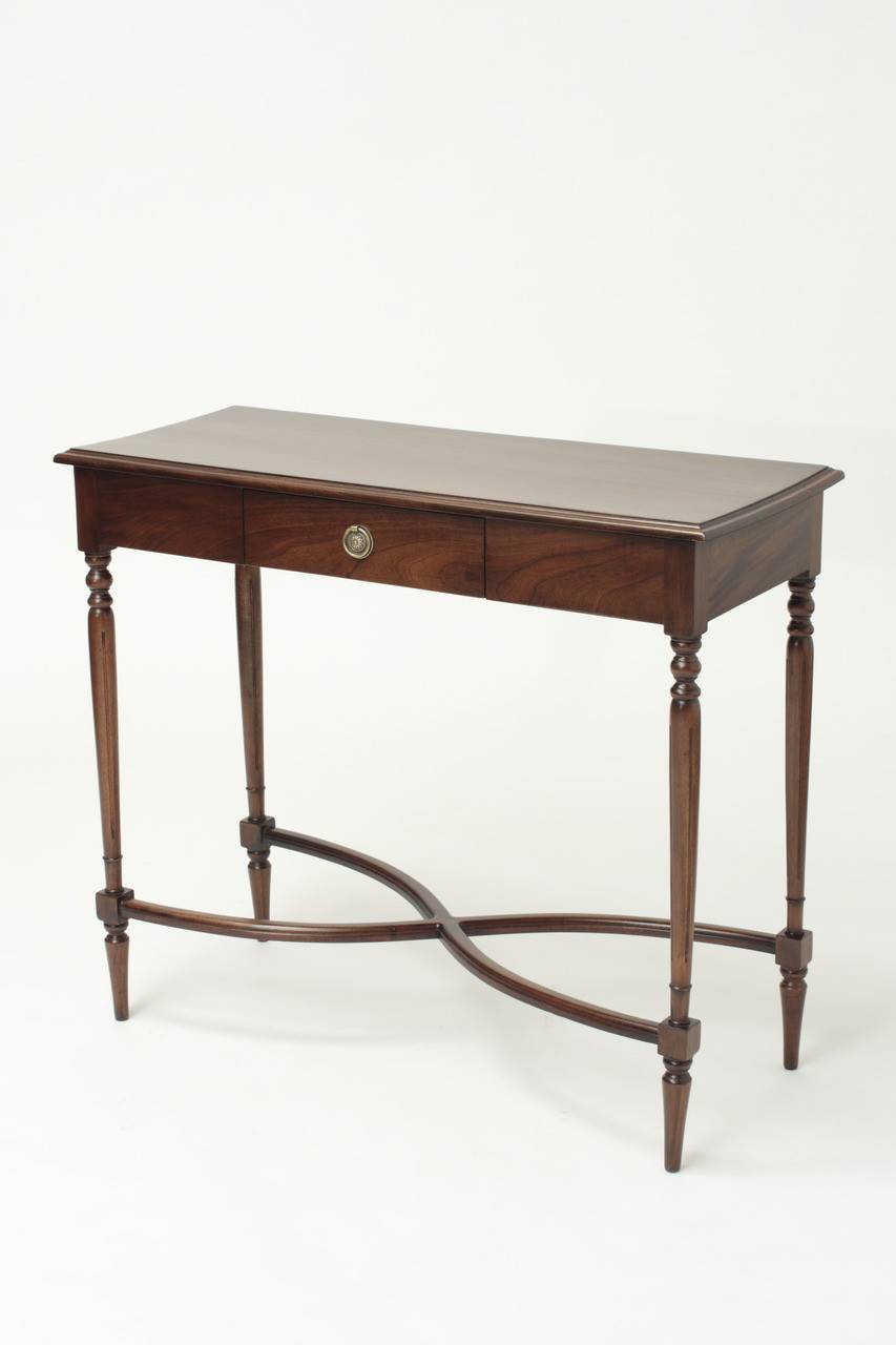 Victorian furniture table - Victorian Side Table