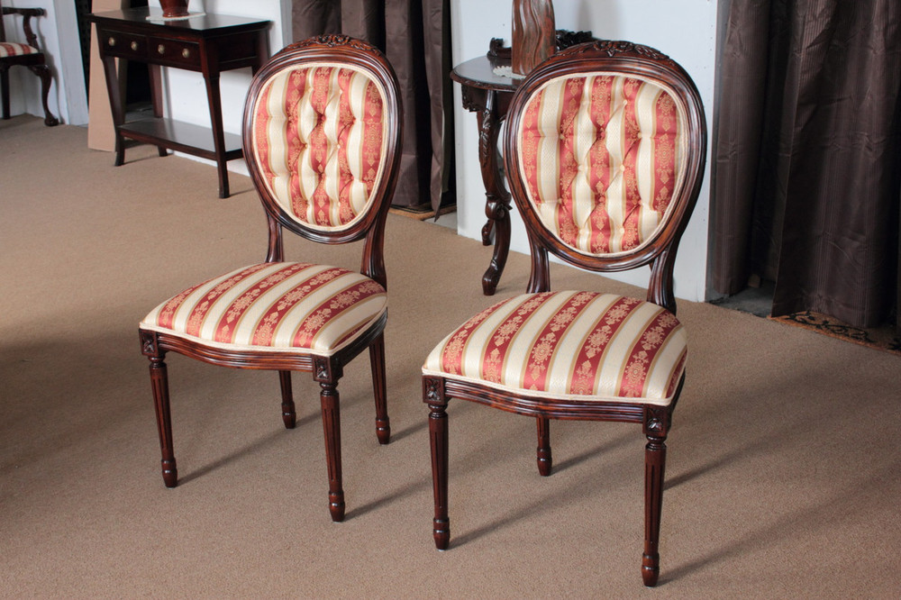 Louis XVI Medallion Back Chair LaurelCrown