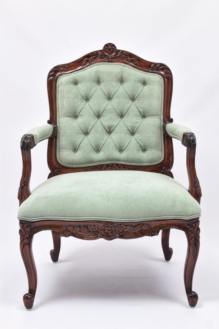 Antique Bedroom Furniture Laurel Crown