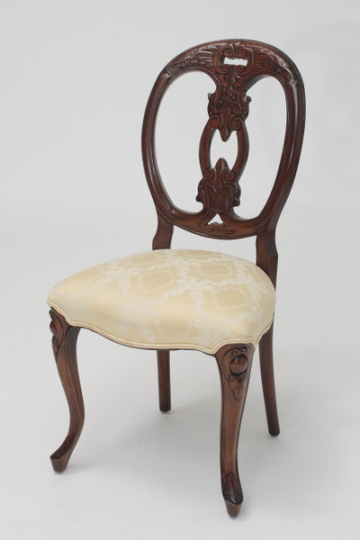 French Medallion-Back Biola Chair