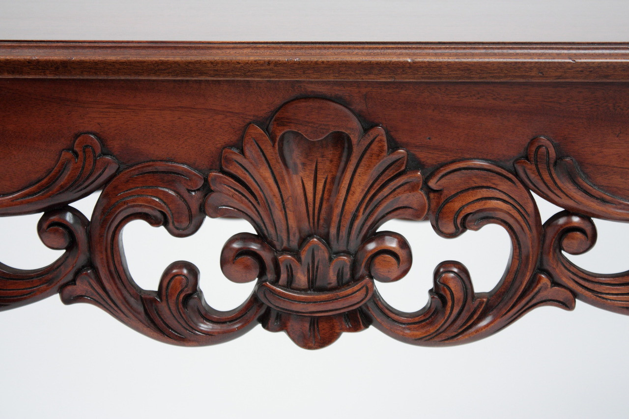 Chippendale console table ball and claw feet laurel crown central acanthus leaf motif carving geotapseo Gallery