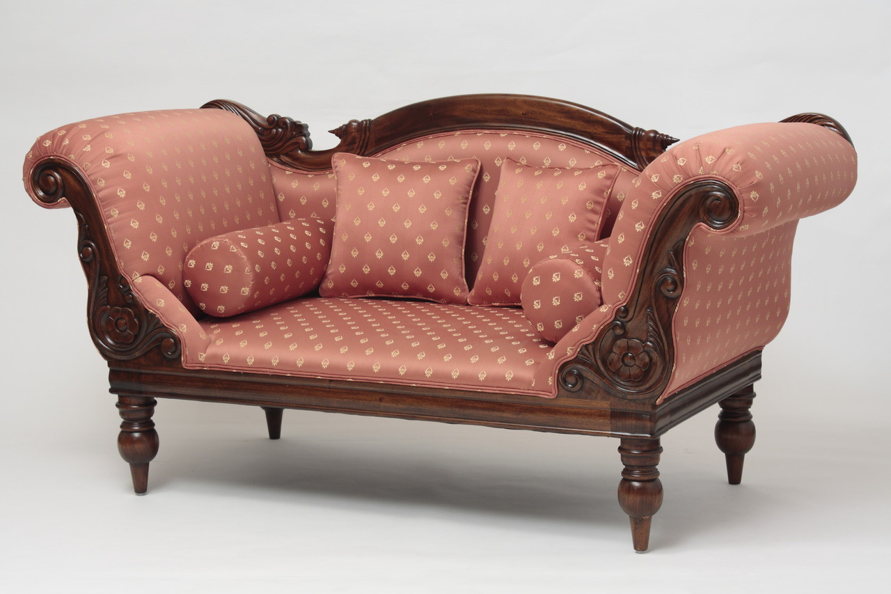 Victorian Campaign Loveseat