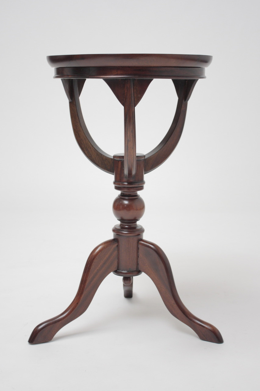 Small Tea Table Laurel Crown