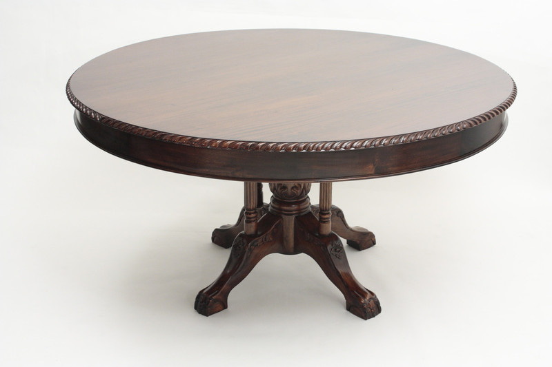 Chippendale Round Table