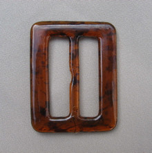Tee shirt clip oblong tortoise shell color