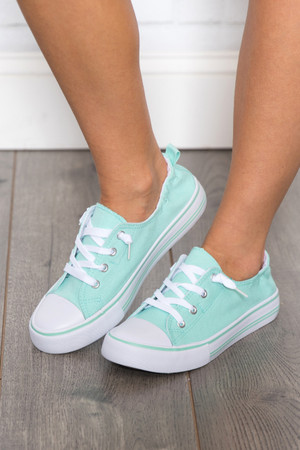 The Suzie Sneakers Mint