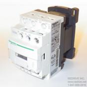 CAD32G7 Schneider Electric Industrial control relay 10Amp 120V