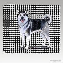 Alaskan Malamute Houndstooth Mouse Pad