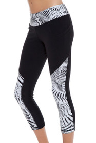 New Balance Women's Black-White Printed Workout Crop Tight