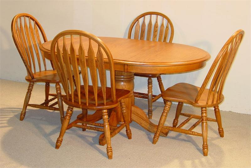 & Oval Solid Oak Table Set in Golden Finish