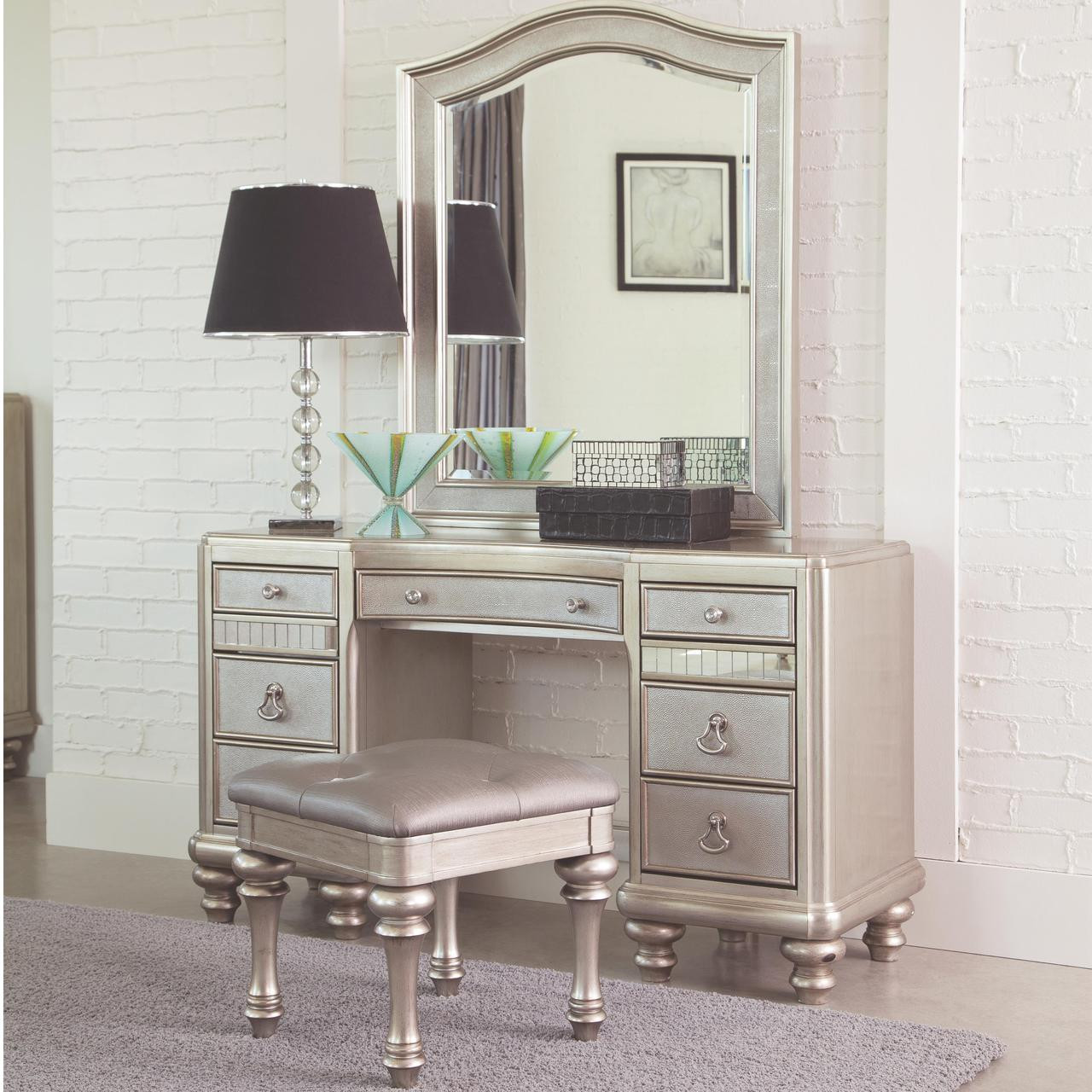 Lex metallic platinum dressing makeup table for Coiffeuse meuble
