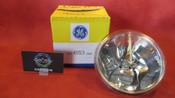 GE Sealed Beam Landing Light Lamp 28V  PN 4553