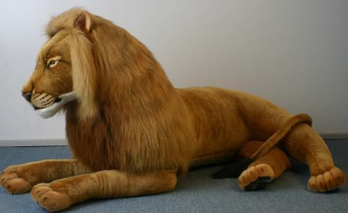 Hansa Lion Laying Life Size Endeavour Toys