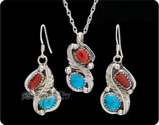 Native American Pendants & Necklaces