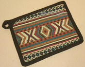 Pot holder with geometric pattern