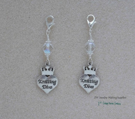 Clip-On Knitting Diva Charms  2pc