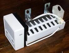 GENERAL ELECTRIC ICE MAKER WR30X0289 JS 2   NOS OEM