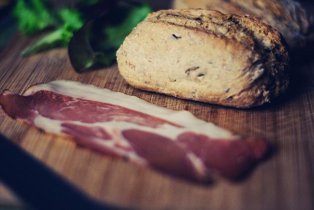bacon breakfast-meat-roll-lettuce