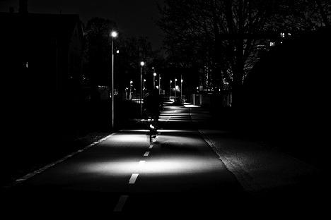 bikelane-night
