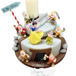 Seven Dwarfs Birthday Cake