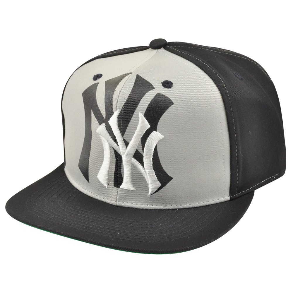 3666df2f38037 MLB New York Yankees Snapback Flat Bill Drew Pearson Old School ...