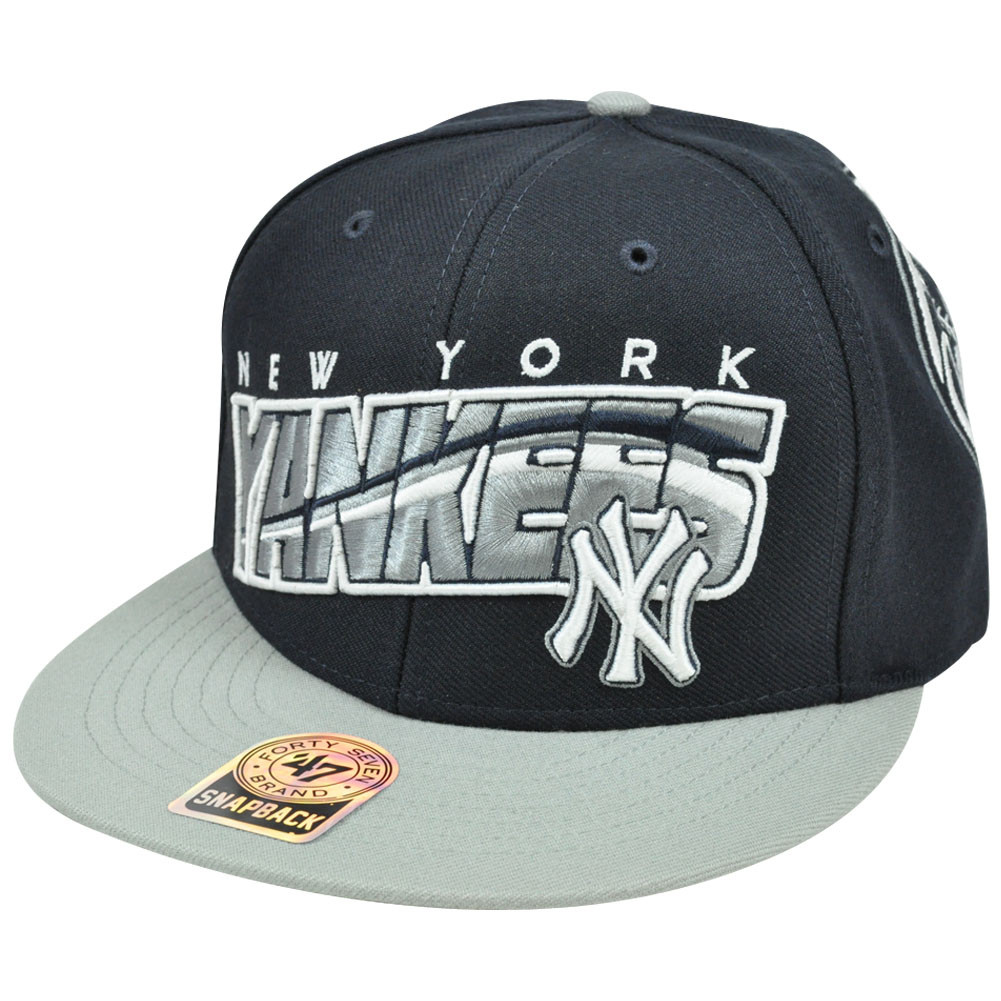 5e6aca84fc9 MLB  47 Brand New York Yankees BLK Block MVP Snapback Flat Brim Two ...