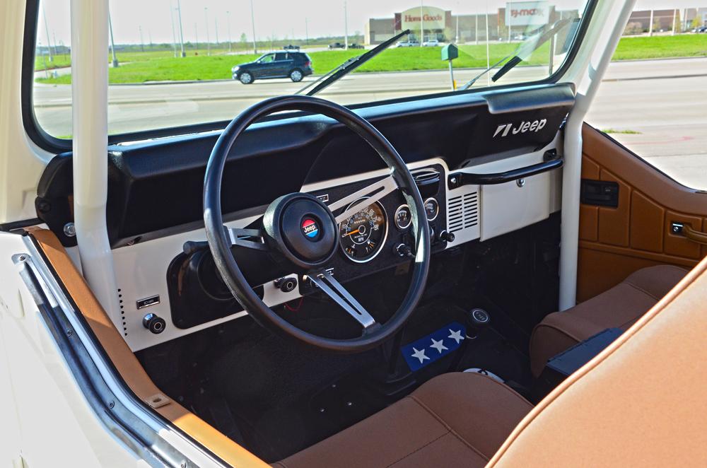 cj8-interior.jpg