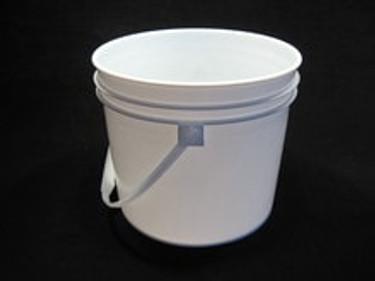 3-1/2 Gallon White Food Grade Plastic Pail